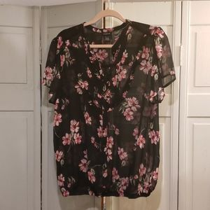 TORRID Blouse Black with Pink Flowers 1x